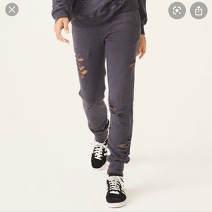 MONROW DISTRESSED SPORTY SWEATPANTS
